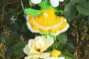 Loomigurumi flower doll pattern