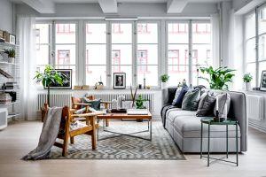 Un appartement suédois chaleureux et lumineux