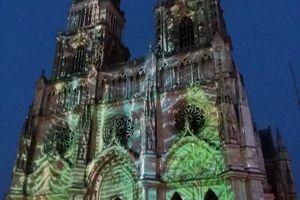 C'est beau une ville d'Orléans la nuit