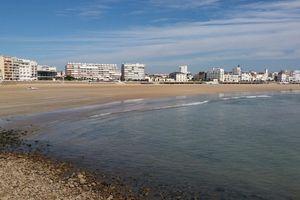 La plage des Sables d'Olonne à marée basse