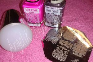 STAMPING SUR LES ONGLES DE MA CHEWIE