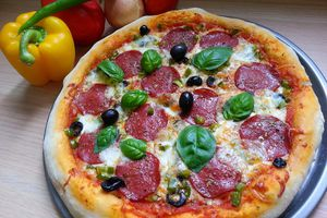 Pan pizza au pepperoni