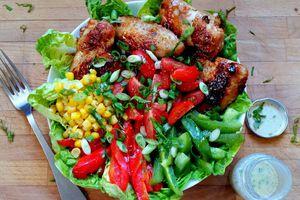 Salade et ailes de poulet