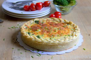 Quiche au saumon et brocoli