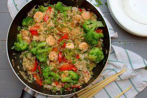 Sauté de riz aux scampis et légumes