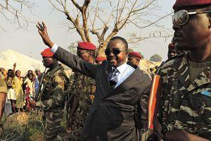 LES STUPIDITÉS D'ALEXANDRE NGUENDET AU SUJET DES FORCES ARMÉES CENTRAFRICAINES.