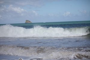 Basse-Terre, Sainte-Rose, plage de Cluny