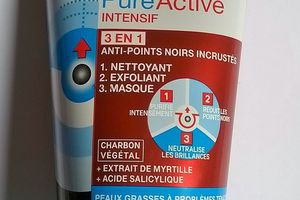 Garnier, Skin Active, Pure Active intensif, 3 en 1 anti-point noir incrusté au Charbon