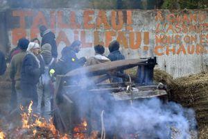 Notre-Dame-des-Landes: le gouvernement repousse la perspective d'une évacuation