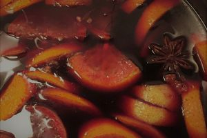 Hot wine with spices – vin chaud