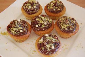 Cupcakes moelleux à la pistache, coeur fondant au nutella