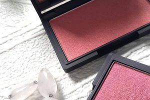 Mes blush sleek.