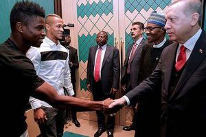President Buhari meets Super Eagles stars playing in Turkish League