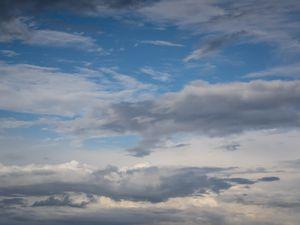 Des bouts de nuage le soir :)