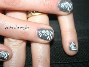 Nail art - rose!