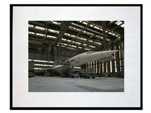 photo-du-concorde-dans-le-hangar-AV0908