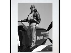 photo-de-north-american-P-51-D-mustang-pilote-AV2329
