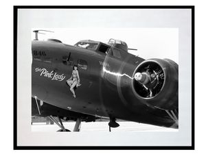photo-bombardier-boeing-B-17-flying-fortress-pink-lady-AV2477