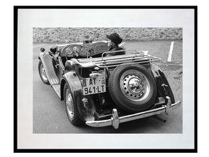 photo-de-voiture-ancienne-LO0251