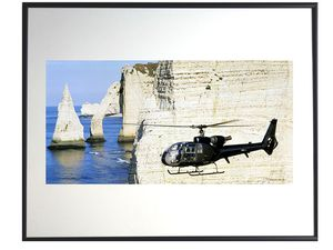 photo-helicoptere-gazelle-falaises-etretat-normandie-AV0671