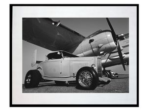photo-avion-et-vehicule-ancien-LO0048