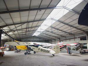 Le hall des avions français de l'entre-deux guerres.