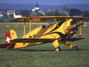 Le Bucker 133 Jungmeister F-AZFQ. Le Nord 1002 F-AZFY.