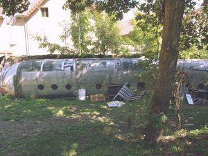 Les Nord 2501 Noratlas N°149 et 151, fuselages servant de stockage à Savigny les beaunes.