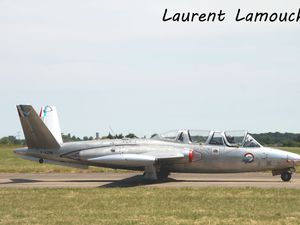 Le De Havilland 100 Vampire F-AZOO et le Fouga CM-170 Magister N°217 F-AZNK.