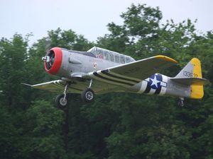 S'était aussi le retour du NA T-6 F-AZQR et la première du NA T-6 F-AZTL des Ailes Anciennes de Lyon-Corbas.
