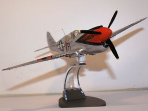 "support ""en vol""  ITALERI"