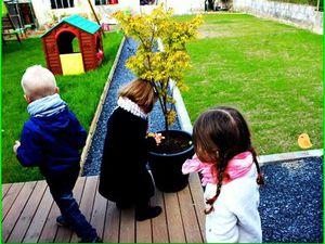 La chasse aux oeufs ^^ Les enfants se sont vraiment pris au jeu, c'était super de les voir chercher !!