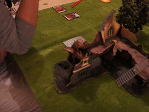 """Entre l'humain et l'elfe noir ça tape dur ! ..et Bibi osera t 'il taper sur son """"beauf"""" !???"""