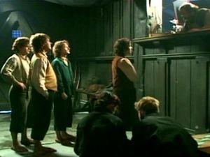 Quand le village de Bree est sous des trombes d'eaux, il fait bon se réfugier à l'auberge du Poney fringant