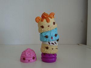 Barbe à papa/myrtille: série 2: Sugar Puffs et Berrylicous Gloss-up et Caramel/fraise: s.1: Caramel Cream et Berry Gloss-up