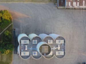 Le silo de Neuilly (j'ai loupé l'unique photo du dessus du silo, je vous la mets quand même)