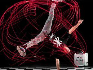 Breakdance BBoys, photographe Marcelo Maragni, 2011 Led.