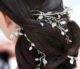 Exemple de coiffures élégantes pour cheveux longs