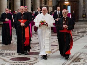 "CAMMINARE, EDIFICARE, CONFESSARE. Cheminer, édifier, confesser.  Caminar, edificar, confesar. ""...We are worldly. We are bishops, priests, cardinals, popes, but not disciples of the Lord."""