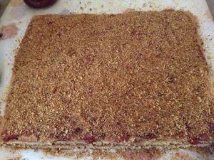 Gâteaux aux miel à la confiture de fraises
