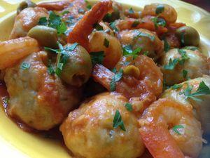 Boulettes de poisson aux crevettes et aux olives
