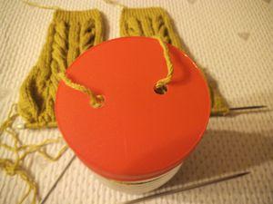 tuto gratuit : comment protéger la laine quand on tricote et qu'on a des chats^^