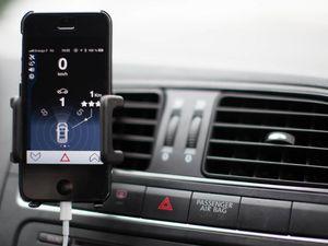 Un Iphone qui localise et démarre votre voiture!