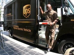 UPS Toulouse teste des véhicules électriques!