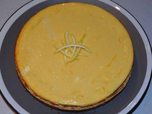 un cheese-cake légèrement citronné ( recette en lien sur ce blog il y a quelques mois )