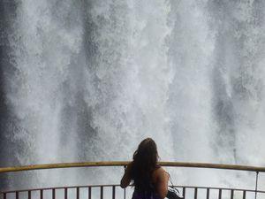 BRESIL  (Ilha Grande, Paraty, Iguazu Falls)