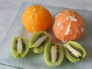Smoothies orange-kiwi-pomelos
