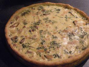 Bien répartir sur la pâte et enfourner pour 30 mn... Servir chaude ou froide cette tarte accompagnée d'une salade...