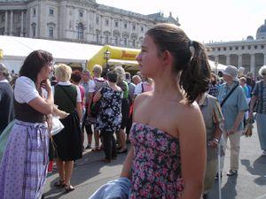 Erntedankfest à la Hofburg (l'an prochain Sixtine aura une tenue plus adaptée à la situation....).