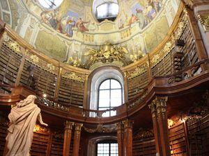 La salle d'apparat de la Bibliothèque et sa coupole allégorique.